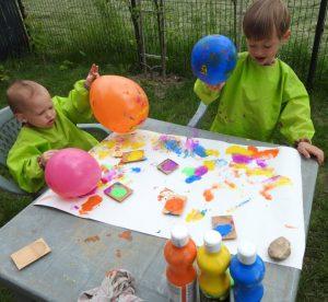 Peinture aux ballons