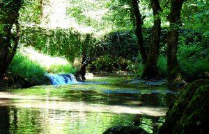 Cascade pont des fées