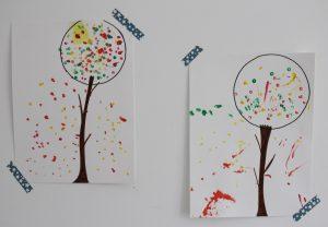 arbre-dautomne-au-coton-tige